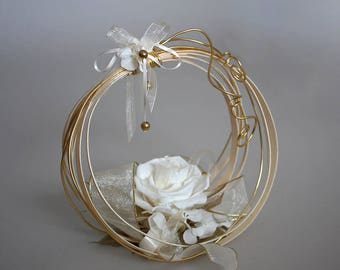 Wedding ring in preserved flowers for your wedding - Keep your door wedding rings - Natural preserved flowers