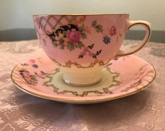 Radfords Bone China Fenton Stoke-On-Trent Teacup and Saucer Pattern 7995
