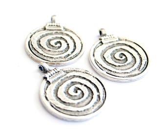 3 Pc Metal Silver Pendant Round swirl Pendant Dangle Pendant Boho Spiral Pendant Silver round Tribal Pendant Round Pen Silver Charm Pendant
