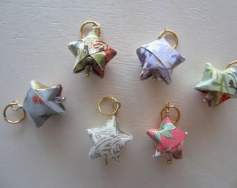 6 Origami Stitch Marker Stars on Gold Ring / Snagless Round Metal / Knitting / Crochet