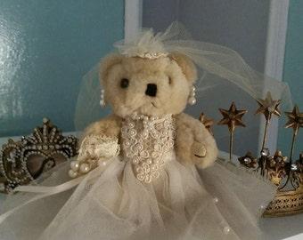 Vintage Teddy bear Bride & Bridesmaid