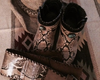 vintage snakeskin cowboy shorty boots