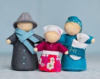 Kit famille de petits personnages • diy kit • personnages Waldorf en feutrine de laine • kit couture • jouet à faire soi même