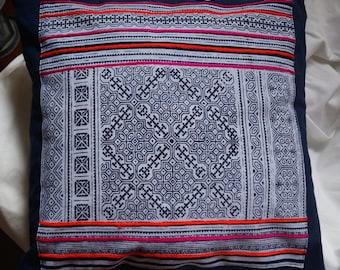 Hmong series 2: cushion 40x40cm (16 x 16), cotton, batik Hmong.