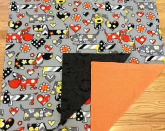 Cuddle Fleece Puppies Dog Blanket with Orange or Black/Grey Back - 28 1/2 x 39 inches