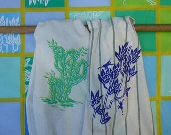 Set of 2 screen printing Arizona and Panama kitchen cloths.