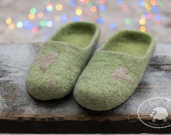 Gift for husband Couple slippers Love shoes Mens Slippers for him Green slippers House Shoes House Slippers Warm Slippers Organic shoes