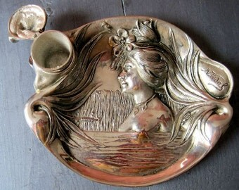 Antique Art Nouveau Inkwell signed n Vidal.Objet vintage .encrier office. Office Ware piece of writing. Gifts. Writing