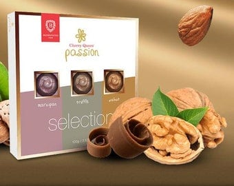 Traditional Hungarian Cherry Queen Passion Filled Chocolate Bonbon Assortment 9 pcs 100 g-GIFT Box for the one you Love
