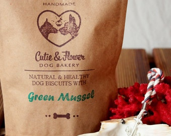 Dog biscuits with green mussel