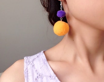 Pom Pom Earrings Simple Magic