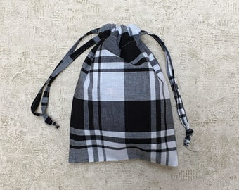 unique smallbag in sheet black-and-white - checkered cotton bag