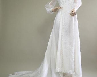 Vintage 1970s Romantic Bohemian Wedding Gown