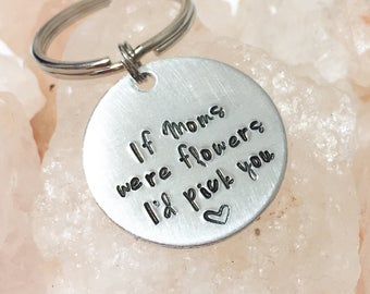 Mom Key Chain, Gift for Mom, Personalized Mom Gift, Gift for Mom from Daughter, Gift for New Mom