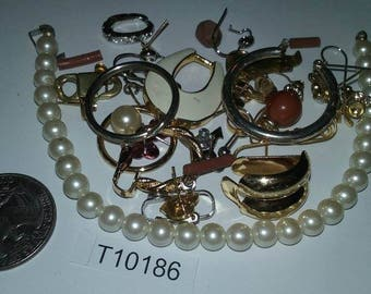 Vintage, Old stock, Jewelry lot, repair, Repurpose, Salvage, lot, finding lot,  T10180