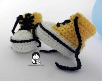 Yellow booties, Sneakers for girl, Slippers, Accesories, Crib shoes, Newborn booties for gift, Present for baby, Baby shower, Gift boy girl