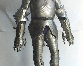 15th Century German Gothic Armor miniature replica.