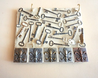 Mosaic Antique Key Holder
