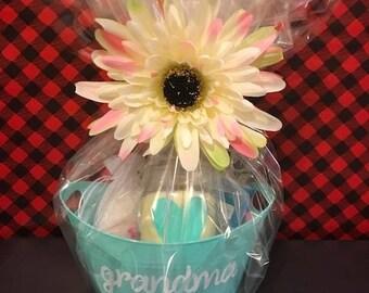 Mother's Day Mini Gift Basket, Pamper Mom Basket, Custom Gift Basket, Grandma Gift Basket, Mother's Day Gift, Gift for her, Grandma