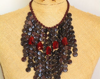 Button design cascading necklace