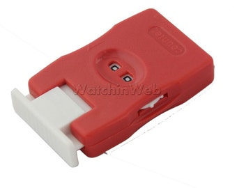 1 x Plastic Red/Pink Plastic Row Counter Knitting Stitch Supply Counter Accs
