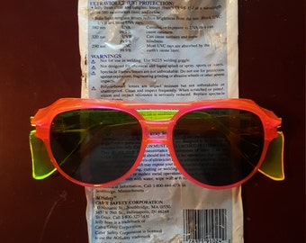 Vintage Sunglasses with side shields (Jelly Bean)