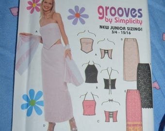 Simplicity 9129  Juniors Skirt and Knit Top Sewing Pattern - UNCUT - Size 11/12 - 15 /16