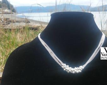 Six lines woman bib necklace