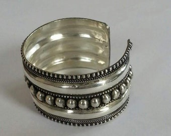Beautiful   Tibetan Cuff Bracelet