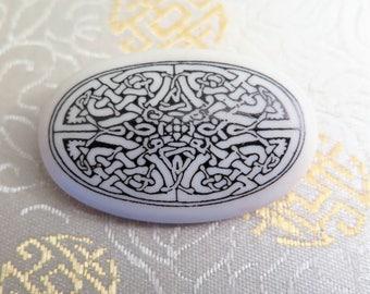 Vintage Scottish Brooch - Ceramic Brooch - Vintage Celtic Brooch - Celtic Knotwork Brooch - Scottish Brooch - Scottish Gifts - Gift for Her