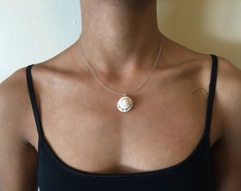 White Button Shell Pendant Necklace
