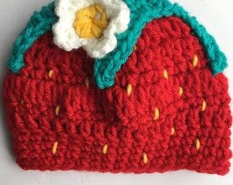 Newborn - 3 months old baby strawberry crocheted hat prop