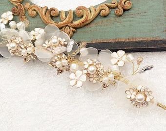 Soft golden palace retro bridal wedding tiara hair jewellery// prom headpiece