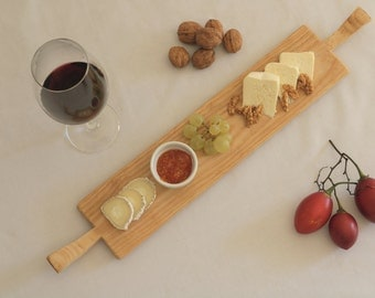 Wooden serving board with handles, cutting board, cheese board, bread board, rustic wedding, kitchen decor, handmade, unique, tapas.
