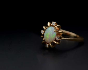 Opal x Diamond Ring