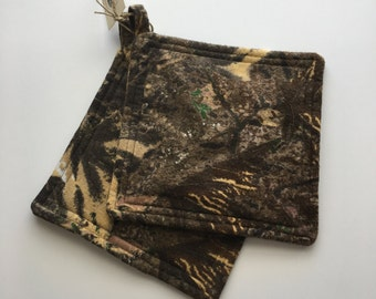 Camo Potholders, Set of 2 Outdoors Theme,Trees and Leaves Pot Holders, Camp Kitchen Pot Holders, Hunting Lodge Decor, Rustic Style Home