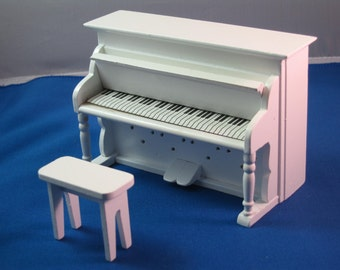 1:12 Scale new dolls house miniature white piano