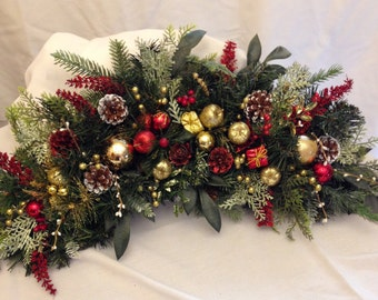 Traditional Holiday Arch Wreath