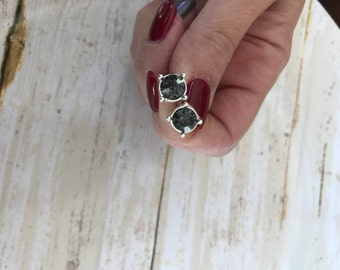 Grey rhinestone earrings