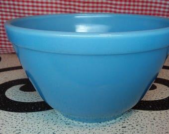 """Pyrex delphite """" bluebelle"""" 401 bowl HTF"""