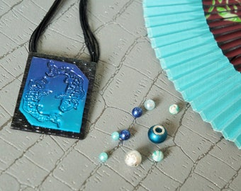 Japanese woman rectangle pendant necklace or black and bleucapes koi