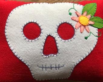 Skull and flower cushion