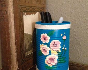 Vintage Flower Pen Cup