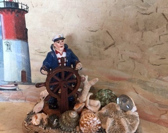 Captain & Seashell paper weight