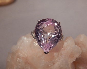 HUGE 19.06 Ct. Pear Faceted Kunzite Sterling Silver Modern Ring