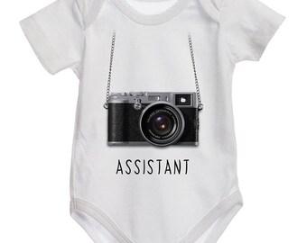 Assistant photographer