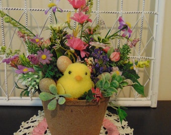 Easter Chick Peat Pot Floral