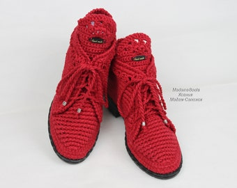 Knitted boots for women red high shoe