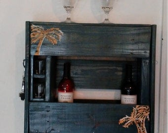 Reclaimed Wood Pallet Wine Rack With Carved Palm Trees