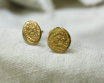 18K gold earrings, round stud earrings, gold earrings, simple gold earrings, ethnic earrings, minimalist earrings, gold stud earrings